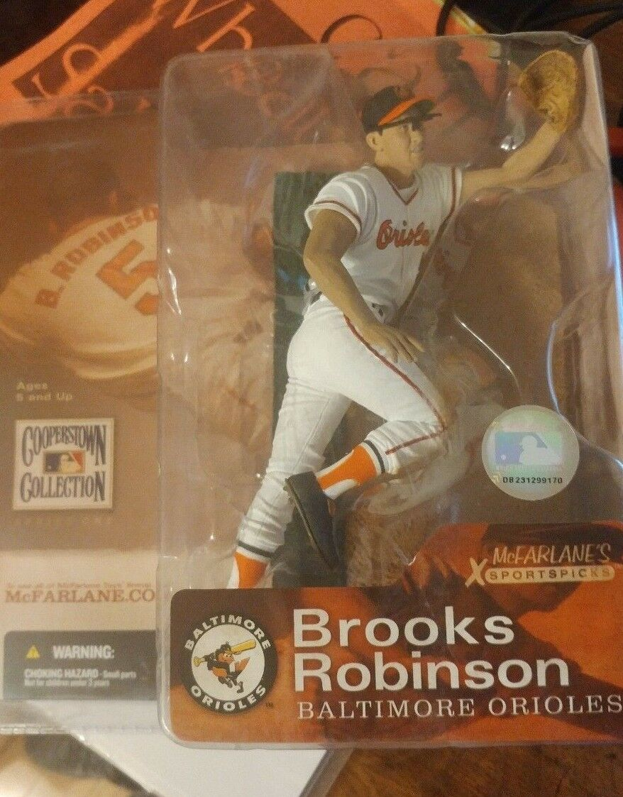 Brooks Robinson Mcfarlane Baseball Cooperstown Collection Orioles  NEW SEALED