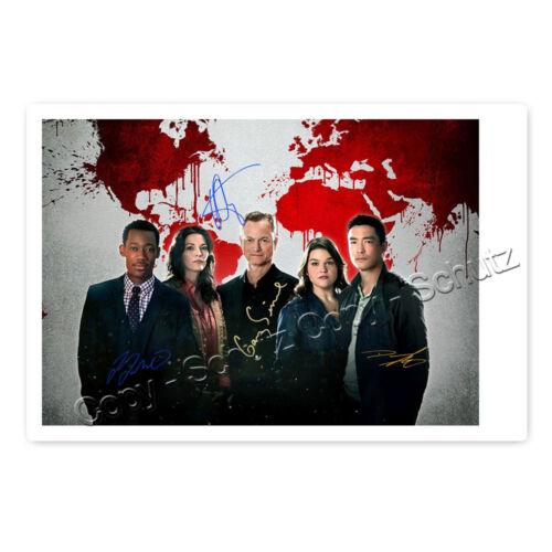 Criminal Minds Beyond Borders mit Gary Sinise 4 fach signiertes Autogrammfoto
