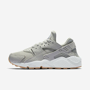 5e47d0ae8fd60 New Nike Women s Air Huarache Run SE Shoes (859429-004) Women US 12 ...