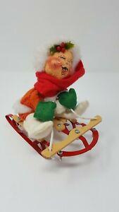 Vintage-Annalee-Mobiltee-Girl-Doll-on-Sled-Christmas-Figurine-1987-7-034