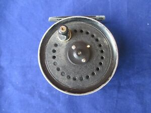Vintage-J-W-Young-amp-Sons-Beaudex-Salmon-Trout-Fly-Fishing-Reel-3-5-034-Diameter