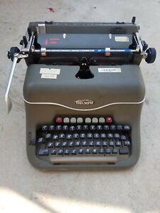 Triumph Matura Typewriter