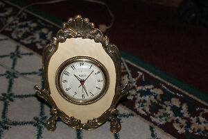 Vintage-Stylebuilt-Art-Deco-Alarm-Clock-Gilded-Gold-Metal-Table-Clock