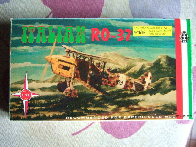 1 72 scale IMAM RO 37  Aviation Usk  AV-USK Kit N° AV 1016