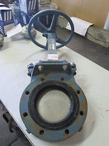 Dezurik-6-034-Sliding-Gate-Valve-9401641-Body-CI-CWP-150-Liner-UR-180F-Used