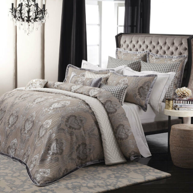 Davinci ANDREA SILVER Duvet Doona Quilt Cover Set Queen King Super King Sizes