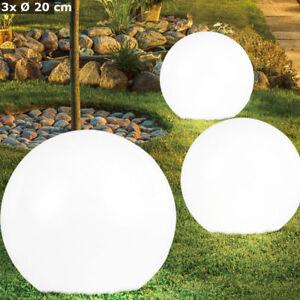Ensemble de 9 lumières de boule solaire de prise de LED au sol Spike Park Spots