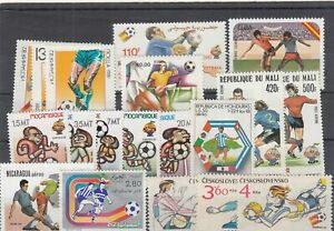 216124/CALCIO ** MNH lot