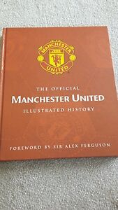 The-Official-Manchester-United-Illustrated-History-Hardback-Book-issued-2001-vgc