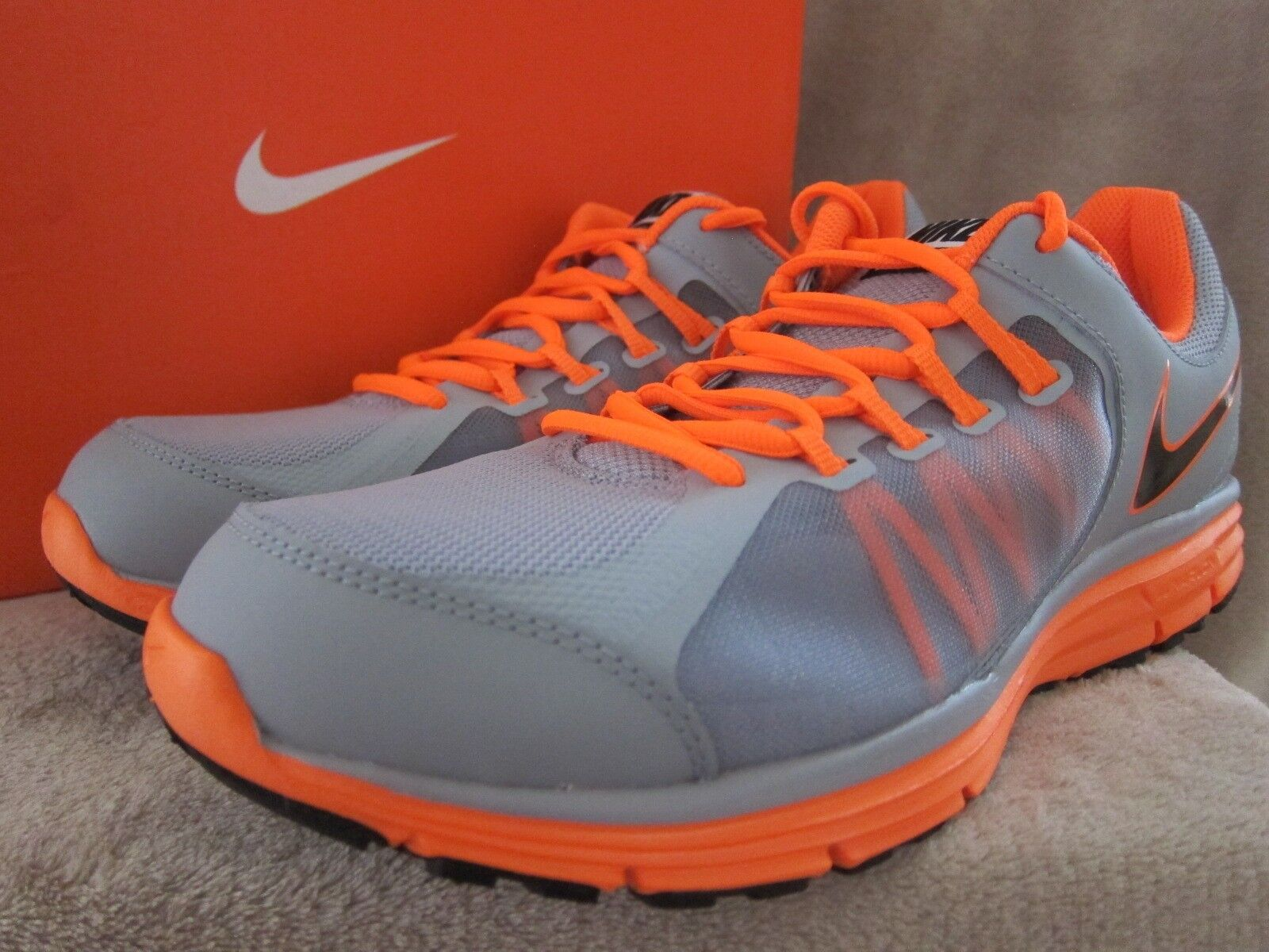 NIKE Mens Lunar Forever 3 Running Low Cut Sneakers Shoes US 10.5 M NWB