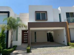Casa en Venta en Clouster 101010 Lomas de Angelópolis