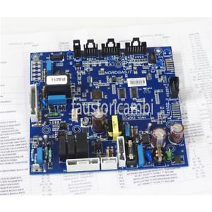 RADIATEUR-CARTE-ELECTRONIQUE-PREMIXCS-R2-MIAH400-40-00077-CHAUDIERE