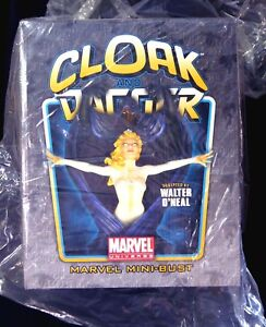 Cloak-and-Dagger-Bust-Statue-Set-Bowen-Designs-Marvel-Comics-New-2009