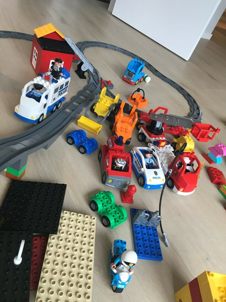 Lego Duplo, Tog