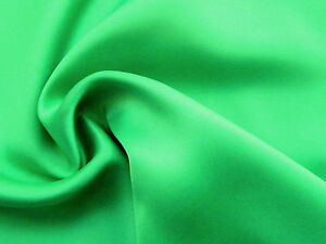 Awesome EMERALD KELLY GREEN 100/% SILK Feather Weight Billowy Solid Fabric