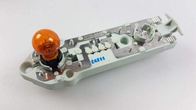Original MERCEDES-BENZ E-klasse S211 Rücklicht Lampenträger aussen A2118200977