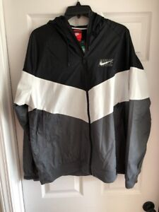 f895d44a11c746 Image is loading Nike-Windrunner-Windbreaker-White-Black-Packable-Jacket- aj1396-