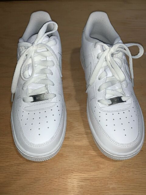 New Nike Air Force 1 Low GS All White