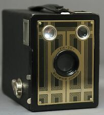 BROWNIE JUNIOR SIX-20 BOX Vintage Film Camera by EASTMAN KODAK * USA * CLEAN!