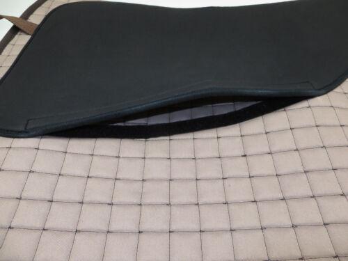 EQUINOS Barock Schabracke Royalblau polsterbare Taschen Lammfell Deuber/&Partner
