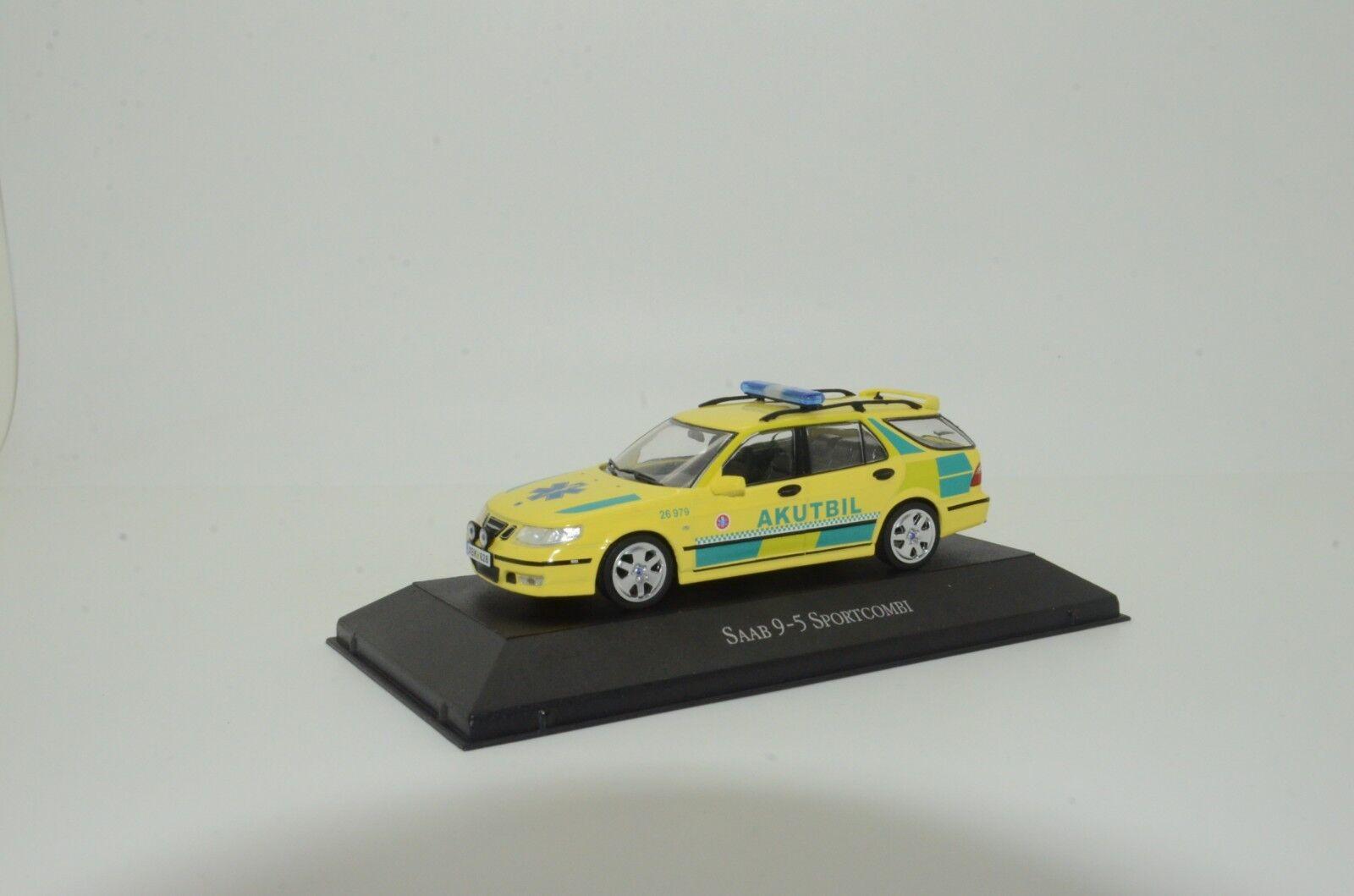 rara Saab 9-5 SportCombi ambulancia Atlas 1/43