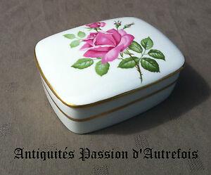 """B20130747 - Petite """"boite"""" En Porcelaine De Limoges Décor à La Rose"""