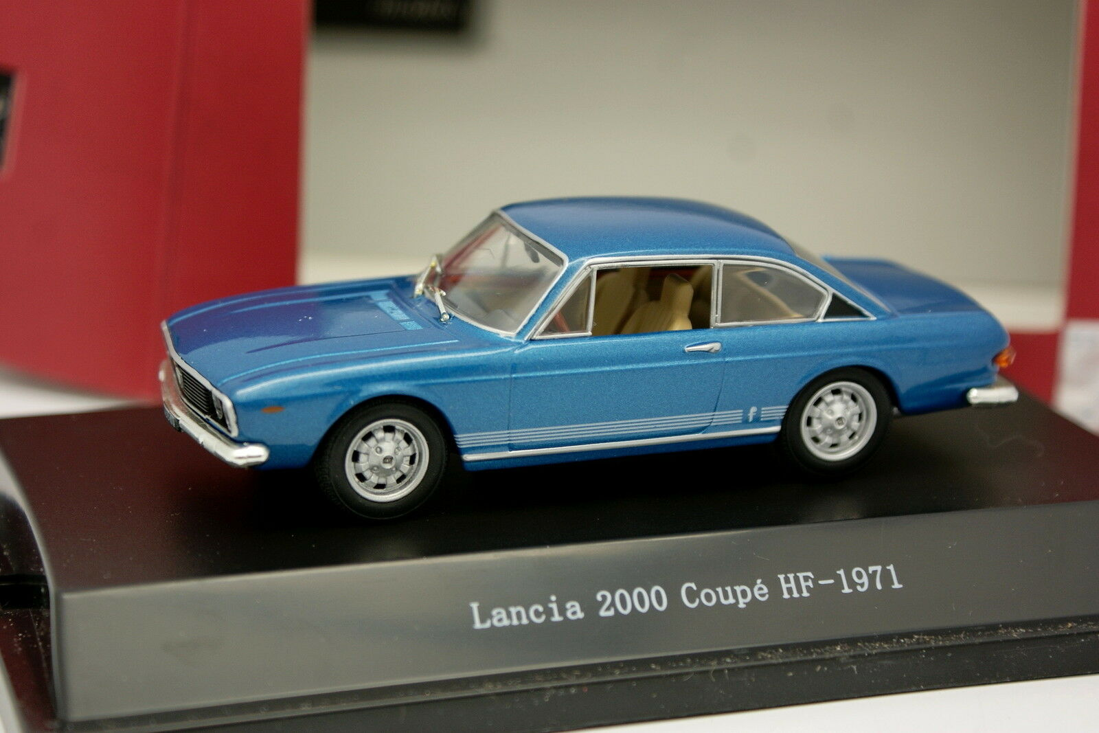 Starline 1 43 - Lancia 2000 Coupe HF bluee 1971