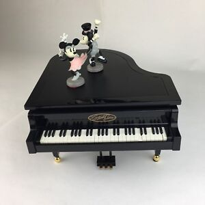 Details about Mickey Minnie Swing Time Self Playing Piano Dance to Havanola  Gershwin Music Box