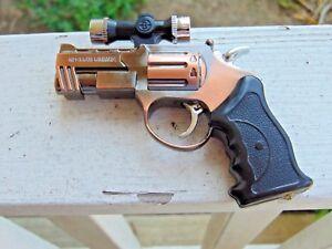 m29 prayer 44 magnum gun revolver shaped jet torch lighter top red