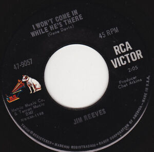 JIM-REEVES-I-Won-039-t-Come-In-While-He-039-s-There-7-034-45