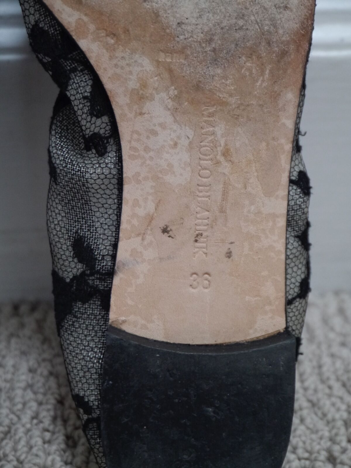 MANOLO BLAHNIK BLAHNIK BLAHNIK black lace suede trim ballet flats shoes Italian size 36 b62cb2