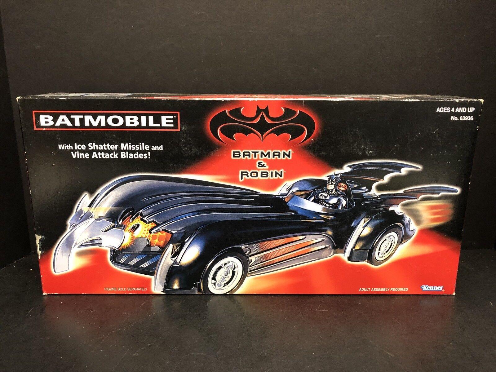 Kenner Batman & Robin Batmobile Sealed ATL0377