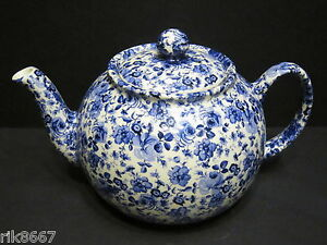Heron-Cross-Pottery-Small-Blue-Flowers-Chintz-6-8-English-Cup-Tea-Pot