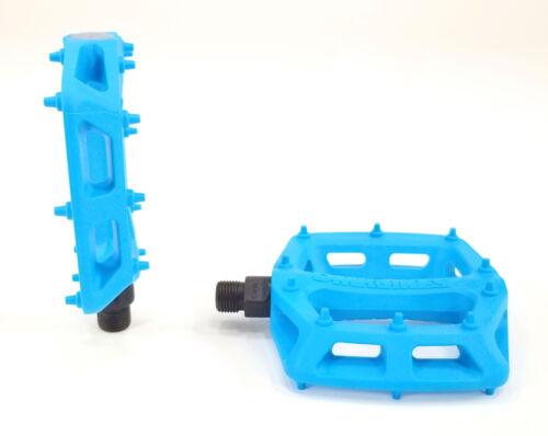 """9//16/"""" Plastic Platform Blue DMR V6 Pedals"""