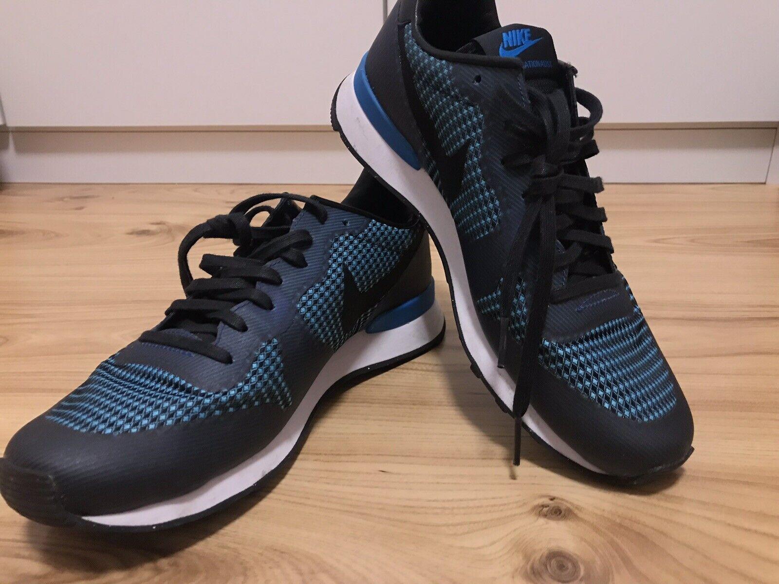 Nike Internationalist Schuhe Turnschuhe in dunkelblau. Größe