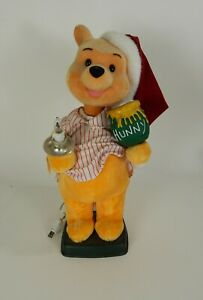 Winnie-The-Pooh-Christmas-Pajama-Candle-Telco-Disney-Motion-Ette-22-034-Animated