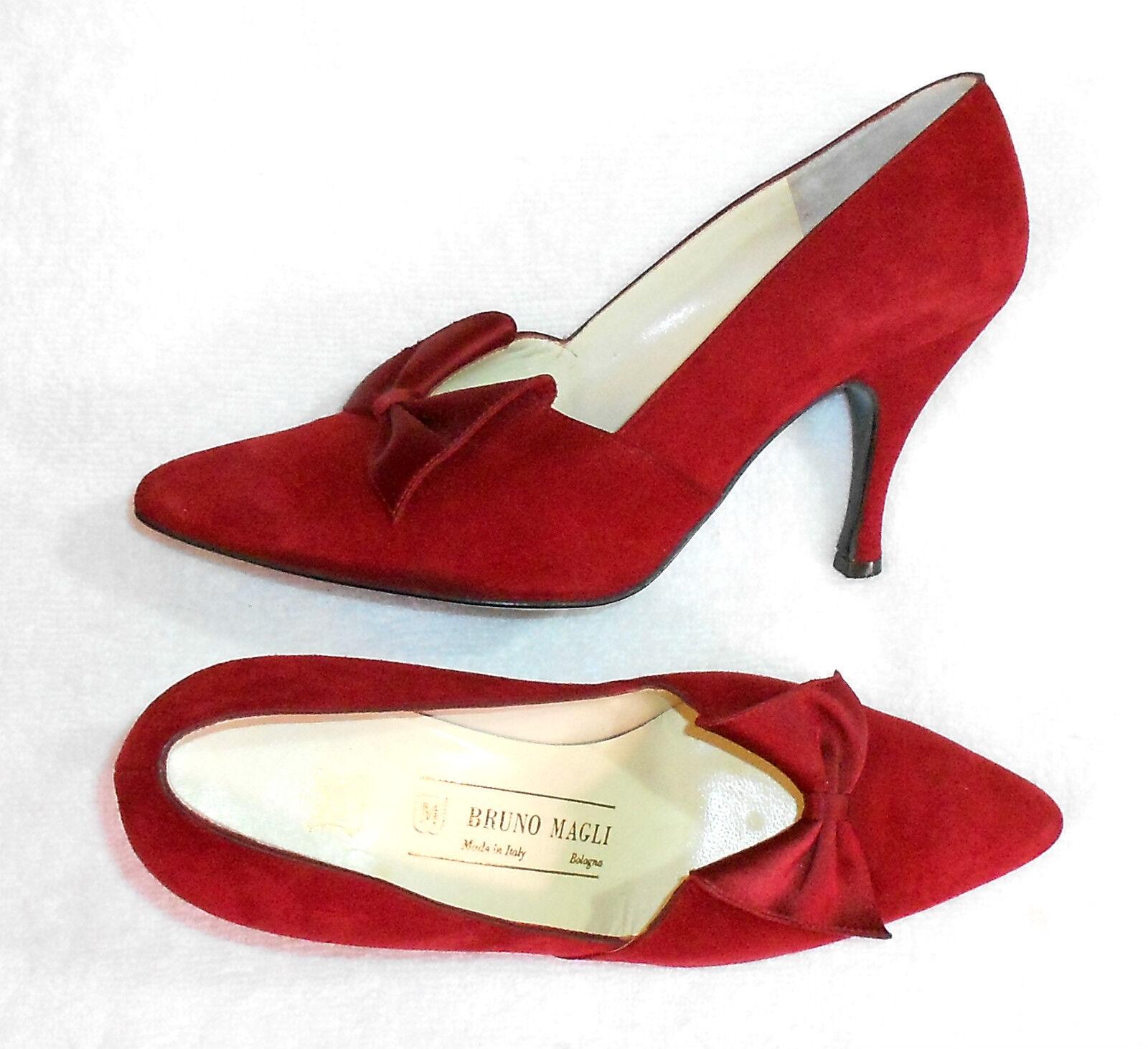 BRUNO MAGLI escarpins cuir daim rouge foncé  P 36  TBE  produit de luxe