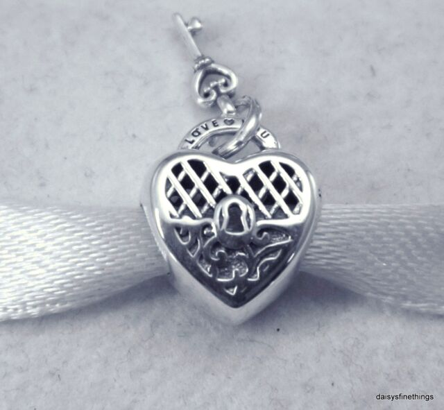 6af65716e5586 NEW TAGS AUTHENTIC PANDORA SILVER CHARM LOVE YOU LOCK KEY  797655 HINGED BOX