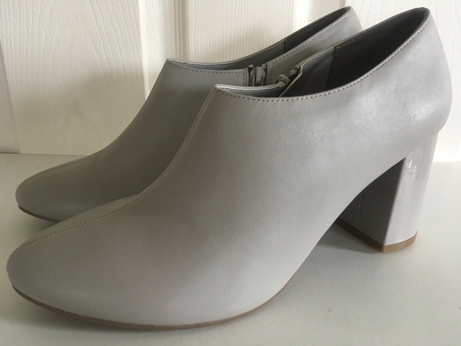 BNWT M&S Insolia  grey shoe boots   ankle boots Eur 42