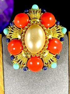 JOAN-RIVERS-GOLD-TONE-FAUX-CORAL-PEARL-TURQUOISE-BEAD-MEDALLION-STYLE-BROOCH