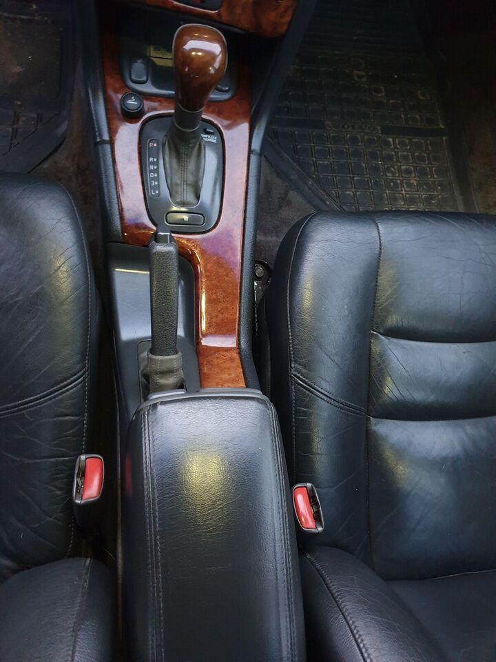 Volvo V70, 2,5 T aut., Benzin