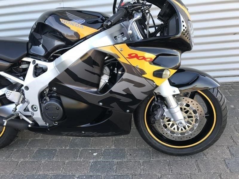 Honda, CBR 900 RR, 919