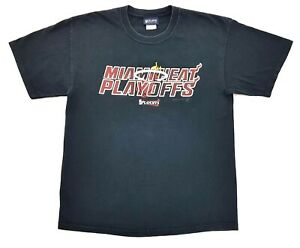 Miami-Heat-Playoffs-Tee-Black-Size-L-Mens-T-Shirt-LeBron-James-Dwyane-Wade-NBA