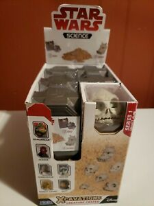 "DISNEY//STAR WARS SCIENCE EXCAVATIONS CREATURE CRATES /""Blind Box/"" SERIES 1 NEW"