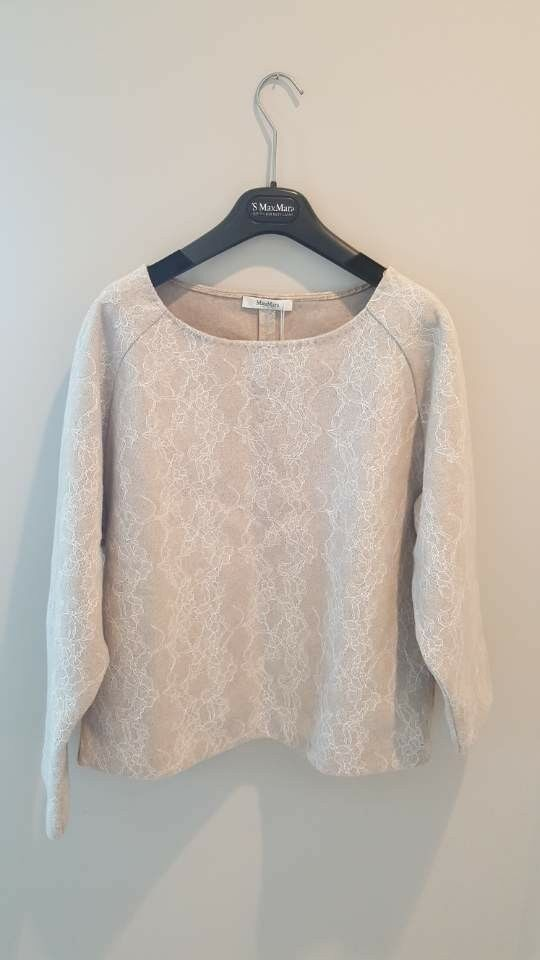 Max Mara Studio Authentic 100% Silk Blouse, size 6 M New with Tag