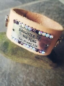 Handmade-unique-womens-tan-leather-cuff-with-034-Daughter-of-The-King-034-Quote