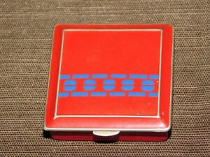 VINTAGE-RED-amp-BLUE-METAL-MAKEUP-COMPACT-CASE