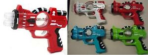 2-LIGHT-UP-COSMIC-SPIN-BALL-BLASTER-TOY-PISTOL-GUN-WITH-SOUND-10-in-play-toys