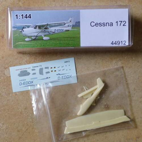Avión cessna 172-de BS-Design 1:144