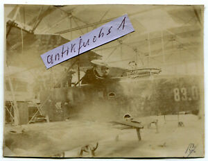 Foto : Jagd-Flugzeug der K.u.k.Truppen aus Österreich mit Kennung 83.0 im 1.WK